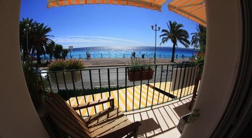 10 ways I saved on my trip to Nice, France