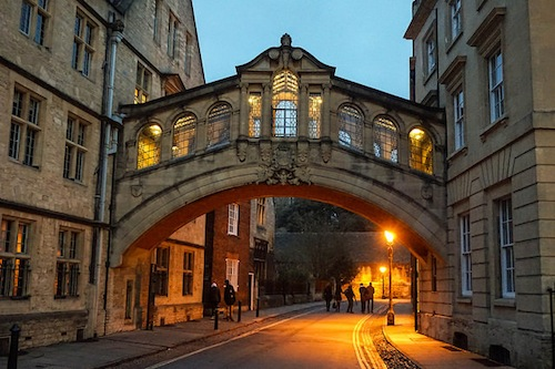 Budget guide for visiting Oxford, England